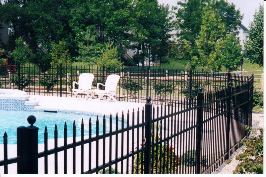 pool fence black